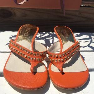 Michael Kors 2.5 inch studded heels aprocot Sz 8m